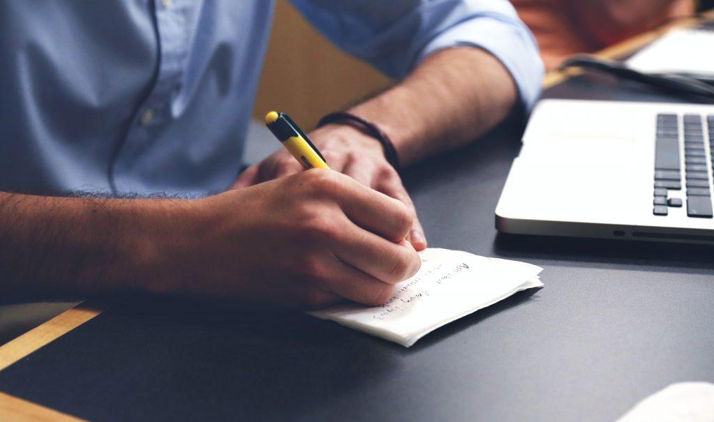 Welche Voraussetzungen muss ein Titelschutz-Anzeiger erfüllen?